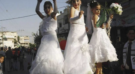 Dünyada her 7 saniyede bir çocuk gelin evleniyor!