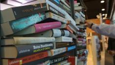 Kitapların ucunu bile açmadan okuyabilir miyiz?