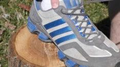 Spor ayakkabilarında en üstte bulunan kullanılmayan bağcık deliği ne işe yarıyor?