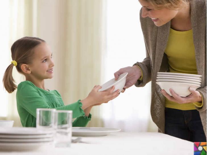Çocuklarda Görülen Genel Beslenme Sorunları Nelerdir? | Yeme isteği olmayan çocuklara sofra hazırlama görevleri verebilirsiniz