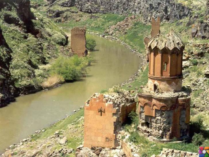 Doğunun unutulmuş imparatorluk merkezi : Ani Antik Kenti | Genç Kızlar Kilisesi