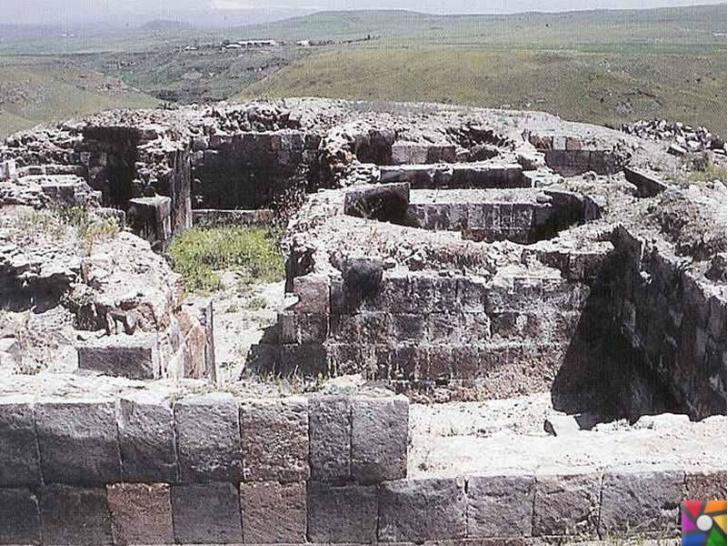 Doğunun unutulmuş imparatorluk merkezi : Ani Antik Kenti içinde Selçukluladan kalma yıkık hamam