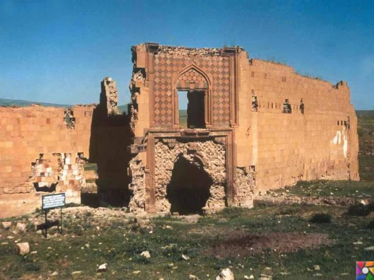 Doğunun unutulmuş imparatorluk merkezi : Ani Antik Kenti içindeki Selçuklu Kervansarayı