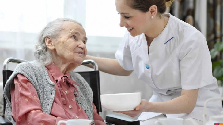 Yaşlılıkta beslenmede nelere dikkat edilmeli?