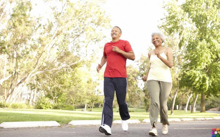 Yaşlılıkta beslenmede nelere dikkat edilmeli? | Doğada bol oksijenli bir koşu yapmalı