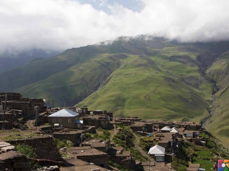 Kendilerine Nuh'un torunları diyen Kınalık Köyü insanları 2350 metre yükseklikte