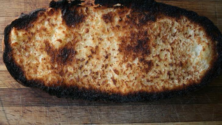 Ekmek ve Patates çok kızartıldığında kanserojen madde üretiyor!