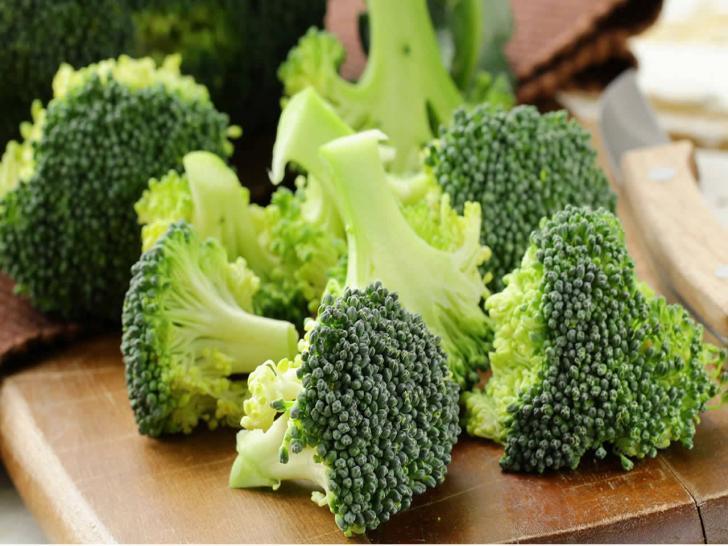 Brokoliyi sapları ve yapraklarıyla tüketin