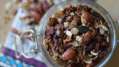 Granola nedir? Evde kahvaltılık kolay granola nasıl yapılır?  Basit Tarifler