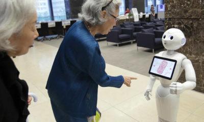 Gelecekte yaşlılara bakacak robot projesi başladı!