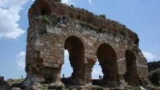 Tralleis Antik Kenti nerede? Tarihçesi ve kalıntıları nelerdir?