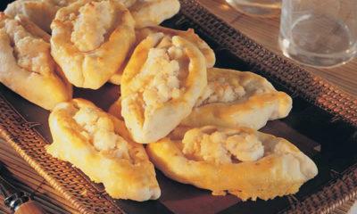 Maraş usulü Şekerli peynirli börek nasıl yapılır?