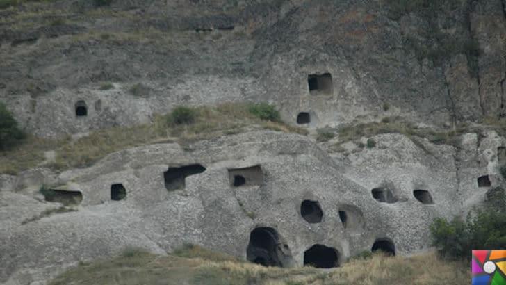 Gangra (Çankırı) Antik Kenti nerede? Tarihçesi ve Kalıntıları | kaya evleri