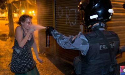 Savaşta yasaklı madde olan Biber Gazı neden göstericilerde kullanılıyor?