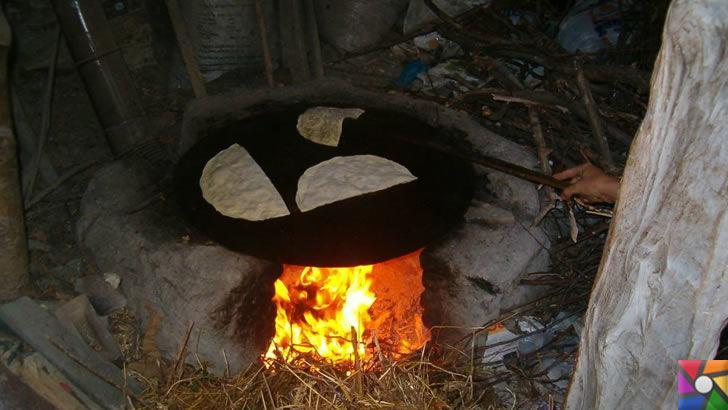 Isparta'nın UluborluBöreği nasıl yapılır? Kuyruğu Sulu Börek Tarifi