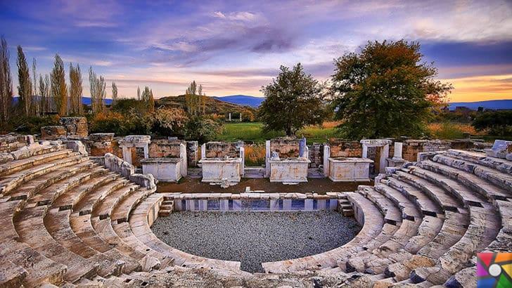 Afrodisias Antik Kenti nerede? Tarihçesi ve Kalıntıları nelerdir? |Odeon ve Bishop's Sarayı