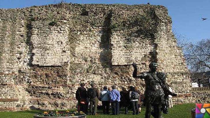 Roma ve Bizans döneminden kalan Surlar halen nasıl ayakta? Sırrı nedir? | Londra Duvarı