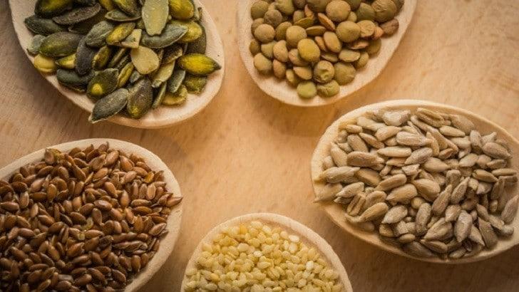 Lignan nedir Lignanların Sağlığa Faydaları Nelerdir? Lignan Kaynakları Nelerdir? | Mercimek, keten tohumu, kabak çekirdeği Lignan kaynaklarından bir kaçıdır