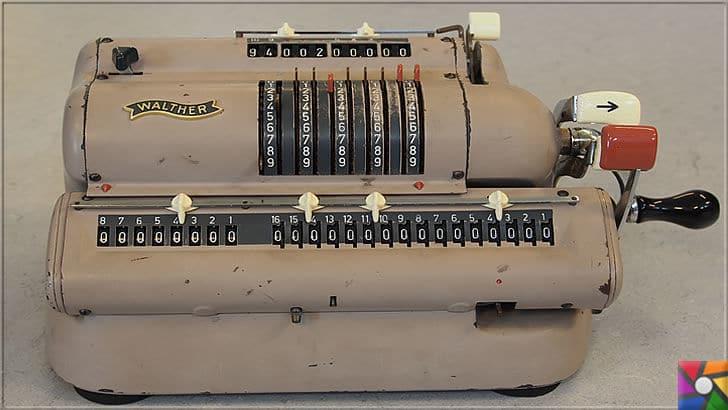 Gottfried Wilhelm Leibniz Kimdir? Hayatı, Biyografisi ve İcatları | Adımlı Reckoner (Stepped Reckoner) mantığını kullanan, Walther tarafından modern hesaplama makinesi yapıldı
