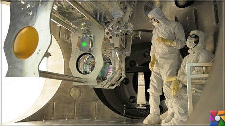 Milyonlarca yıl uzaklıktan gelen haberci Yerçekimsel dalgalar nedir? | Ligo'daki L tünellerine ateşlenen lazer ünitesi