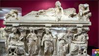 Antalya'daki Domitias Julianus ve Domitias Philiskas Lahdinin Özellikleri