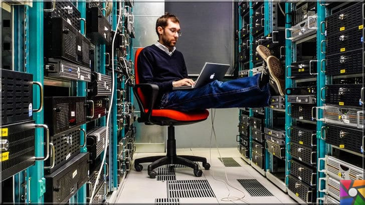 Bilişim bölümünün dalları nelerdir? Bilişim bölümü hangi meslekleri içerir?| Bilişim mesleklerinden biri olan Ağ uzmanlığı, şirket içi ve şirket dışı bilgi ağını oluşturup, onların güvenli iletişiminden sorumludur