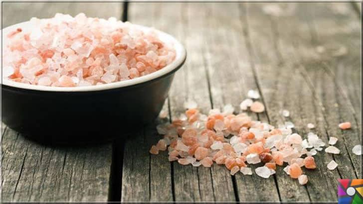 Neden Kristal Kaya tuzuna ihtiyacımız var? Sofra tuzu zararlı mı? | Kaya tuzu Türkiye'de bolca bulunmakta. Asla kaya tuzundan vazgeçmeyin