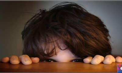 Anne ve Baba utangaç çocuğuna nasıl yardımcı olmalı?