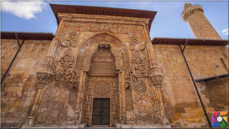 Hürremşah'ın Cennet Kapısı