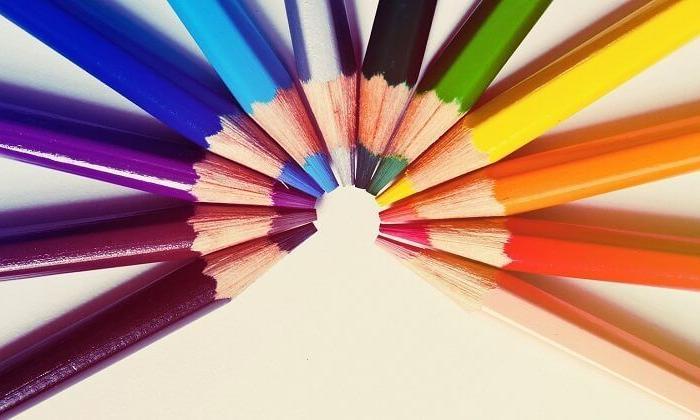 Neden her şeyi renkli görüyoruz?