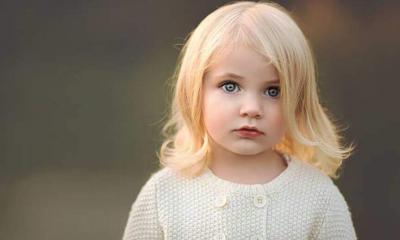 Sarışın çocukların saç renkleri ergenlik çağına gelmeden neden koyulaşır?