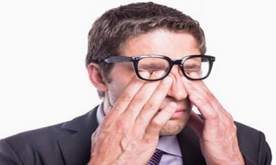 Sürekli göz ovalamak neden zararlı?